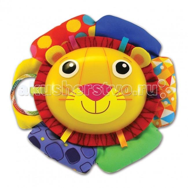 Подвесная игрушка Lamaze музыкальная Лев Логанмузыкальная Лев ЛоганИгрушка для колыбельки Лев Логан выполнена из приятного на ощупь разноцветного текстиля и пластмассы.   Она светится в темноте и проигрывает 3 приятные мелодии, убаюкивающих вашего малыша.   Грива льва изготовлена из ярких мягких материалов с разнообразными фактурами.   Игрушка снабжена безопасными зажимами, с помощью которых ее легко прикрепить к кроватке.   Красочные цвета стимулируют развитие цветового восприятия малыша, кроме того игрушка развивает мелкую моторику и музыкальный слух.   Компания Lamaze заботится о здоровье детей, поэтому для изготовления игрушек используются только качественные и безопасные для здоровья материалы.<br>