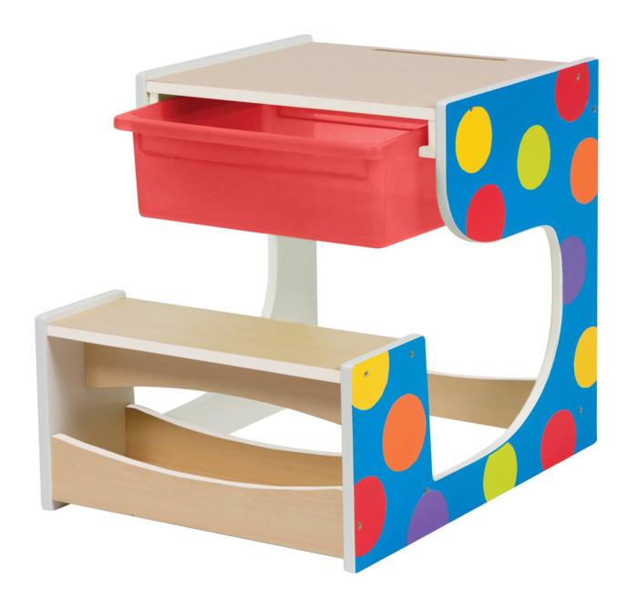 Alex Стол-парта со скамейкойСтол-парта со скамейкойAlex Стол-парта со скамейкой. Парта для детей детсадовского возраста идеально подходит им по размеру. Классическая деревянная парта дополнена красным отсеком для хранения принадлежностей.   Краски сохраняют яркость и парта прослужит очень долго.<br>