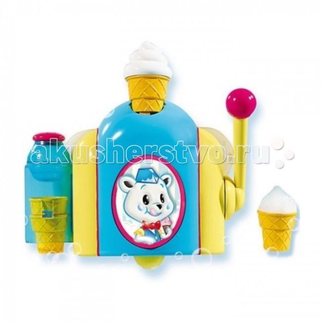 Tomy Автомат для мороженого из пены Фабрика ПеныАвтомат для мороженого из пены Фабрика ПеныTomy Игрушка для купания Автомат для мороженого из пены Фабрика Пены. Игрушка сделает купание Вашего малыша весёлым и увлекательным и научит делать мороженое прямо во время купания!   Прикрепите игрушку присосками к стене ванной комнаты, залейте в нее немного детского шампуня или геля для душа, разбавленного водой, и запустите производство! Для этого достаточно потянуть рычажок, и маленький стаканчик наполнится пеной – мороженое готово! Не забудьте сверху присыпать его тертым шоколадом или корицей.  Игрушка отлично развивает воображение ребенка и положительно влияет на формирование мелкой моторики.  В комплекте с игрушкой: 3 стаканчика, шейкер-солонка.<br>