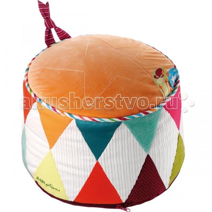 Lilliputiens Пуф-игрушка ЦиркПуф-игрушка ЦиркLilliputiens Игрушка - пуф Цирк.  С яркими цветами и фрагментами флагов в твою комнату приходит цирк в форме красивого пуфика, который похож на небольшую сцену! Он очень практичен благодаря своей съемной крышке.<br>