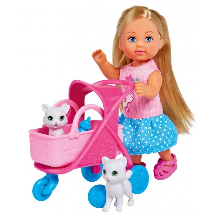 Фото - Куклы и одежда для кукол Simba Кукла Еви на прогулке с котятами 12 см набор кукол simba еви с малышом на прогулке розовая коляска 12 см 5736241 2
