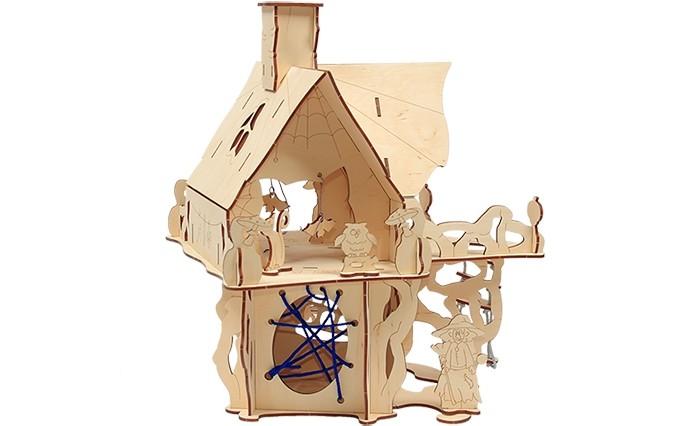 Конструктор Woody Замок колдуньи (46 элементов)Замок колдуньи (46 элементов)Конструктор Замок колдуньи - царство сказки, мир ассиметрии и творчества! Вместе с конструктором Замок колдуньи можно не только собрать таинственное жилище колдуньи, но и разукрасить его гуашью, фломастерами и карандашами, придумать таинственную историю, поселить в замке сказочных персонажей и погрузиться в сказку.   Детали удобно и надежно собираются между собой, хорошо поддаются раскрашиванию как красками, так и карандашами и фломастерами.  Игра в конструктор развивает творческие способности, навыки конструирования, усидчивость, воображение.   Состав набора: деревянные элементы 46 шт.  Деревянные игрушки «Вуди» дарят живую энергию натуральных материалов, доброту и улыбки сказочных персонажей, радость познания и удивительные открытия.   В игрушках «Вуди» заложена богатая методическая база для развития детей разного возраста. Каждая игрушка несёт в себе несколько развивающих функций. Любой персонаж, домик, буква или цифра - это оригинальная деревянная раскраска. Игрушки «Вуди» изготавливаются в Беларуси из высокосортной древесины без применения лакокрасочных покрытий, имеют сертификаты качества Беларуси, России, Украины, ЕС.<br>