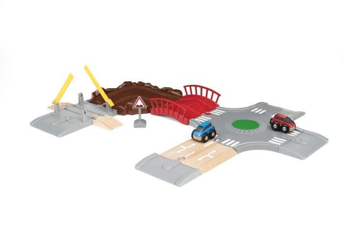 Машины Brio Игровой набор Автомобильная дорога (14 элементов)