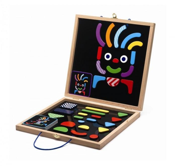 Деревянная игрушка Djeco Магнитная доска Гео – человечкиМагнитная доска Гео – человечкиМагнитная доска с набором магнитных фигур «Гео – человечки». Используя цветные яркие детали разных форм и размеров, ребенок сможет создавать интересные, оригинальные портреты на специальной магнитной доске.   В наборе есть карточки – подсказки с изображением забавных рожиц и человечков, а также можно пофантазировать самому и создать своего собственного героя.   Игра знакомит ребенка с формами и цветами, развивает фантазию и наглядно-образное мышление, мелкую моторику и координацию ребенка. Игрушки компании Djeco помогают ребенку развить фантазию, проявить творческую активность, способствуют эстетическому воспитанию детей в любом возрасте.   Французская компания Djeco производит развивающие игрушки и игры для детей, а также наборы для творчества и детали интерьера детской комнаты. Все товары Djeco отличаются высочайшим качеством, необычной идеей исполнения. Изображения и дизайн специально разрабатываются молодыми французскими художниками.<br>