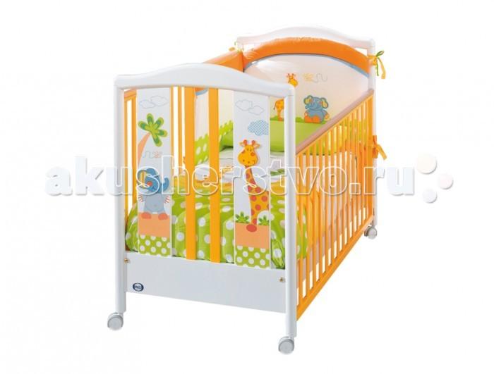 Детская кроватка Pali Gigi &amp; LeleGigi &amp; LeleЯркая детская кроватка Pali Gigi&Lele раскрасит комнату вашего малыша в самые жизнерадостные краски!  Легкая, мобильная и удобная, эта кроватка сделана из крепчайшего выдержанного бука, а все лаки, краски и клей, применявшиеся при ее изготовлении, были исключительно натуральными и нетоксичными. Кроватка предназначена для детей от 0 до 5 лет, а благодаря исключительному итальянскому качеству сборки она может прослужить не одному поколению малышей.  Дизайн совмещает веселые игровые рисунки, аппликации и оптимистичные цвета, как нельзя более лучше подходящие для комнаты малыша. Они развивают креативность, помогают быстрее выучить цвета, а также названия и внешний вид некоторых животных.   Сама кроватка может похвастаться опускающимися на 20-25 см бортиками (один из них снимается полностью), силиконовыми накладками на верхние перекладины, реечным ложе и колесиками со стопорами. Кроме того, под днищем имеется вместительный ящик для постельного белья или детских игрушек.    В кровати имеется ящик для постельного белья.  Предназначена для детей от 0 до 5-ти лет.   Силиконовые накладки.<br>