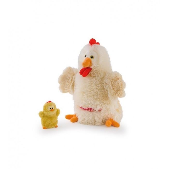 Trudi Игрушка на руку Курочка с цыпленком 28 смИгрушка на руку Курочка с цыпленком 28 смTrudi Игрушка на руку Курочка с цыпленком 28 см. Это веселые и, одновременно, развивающие игрушки. Их можно одеть на руку и создать свой домашний кукольный театр! Управлять куклами могут и дети, и родители: на роль курочки отлично подойдут руки взрослых, а цыпленком без труда сможет управлять ребенок. Веселые семейные спектакли с игрушками помогут развить воображение, творческие способности и мелкую моторику у всех участников постановки.   Высота самой большой игрушки 28 сантиметров. Плюшевые создания удобно размещается руке, как детской, так и взрослой. Ребенок может смело ставить веселые постановки, играть и даже засыпать вместе с любимой игрушкой.   Оба товара можно стирать в стиральной машинке без опаски, что они выцветут или порвутся. Поэтому можно смело играть в театр и дома, и на улице.<br>