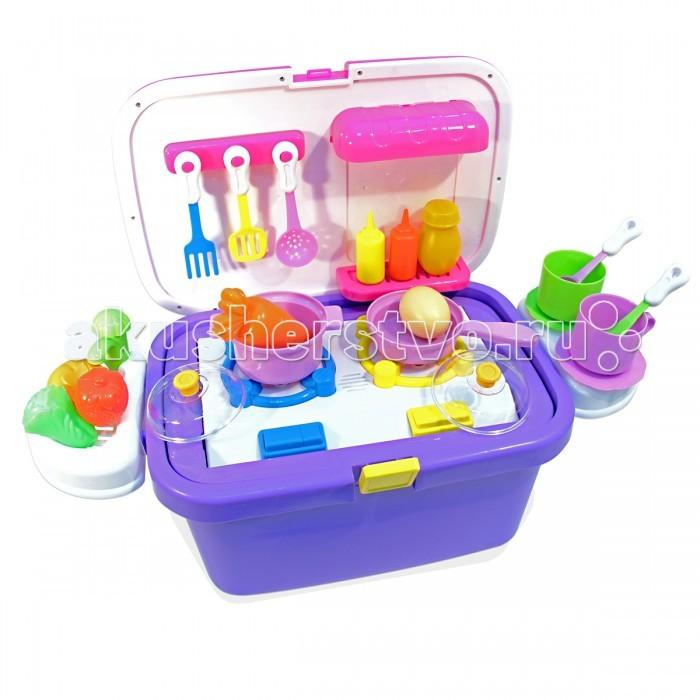 Ami&amp;Co (AmiCo) Набор кухня в чемоданеНабор кухня в чемоданеAmi&Co (AmiCo) Набор кухня в чемодане Чемодан приятной расцветки, декорированный наклейками с акссесуарами.   Чемодан соединяет в себе три функции: каталка, в чемодане предусмотрена дополнительная ручка, которая вкручивается при катании чемодан для хранения игрушек ростовой набор, с различными акссесуарами для игры.   Игровой набор каталка кухня -увлекательная игрушка, с помощью которой ваша дочка сможет стать лучшим шеф-поваром.   В набор входит посудка, набор овощей, для приготовления вкусной еды.   Работает от 3-х батареек типа АА. В комплект не входят.<br>