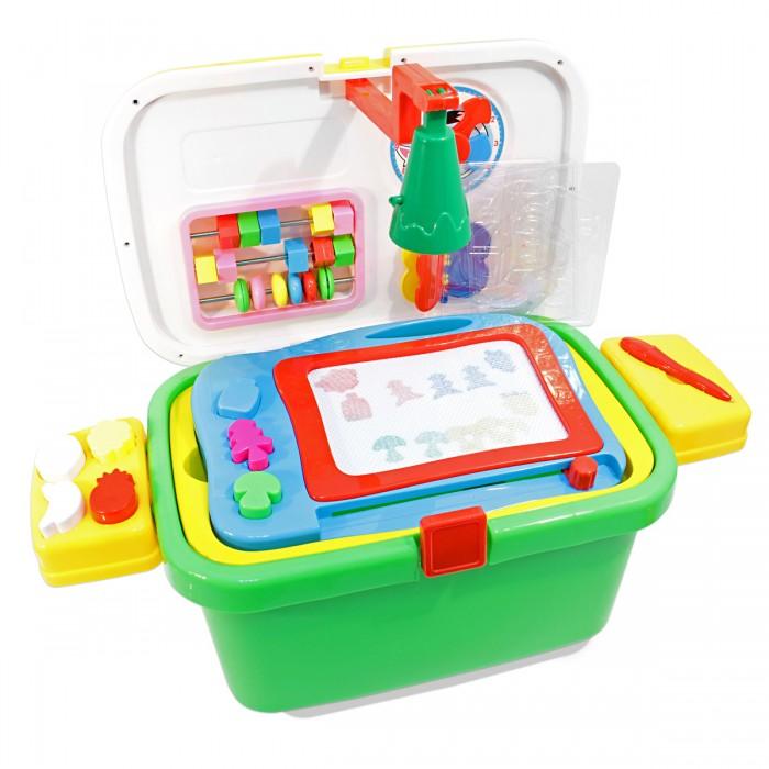 Ami&amp;Co (AmiCo) Набор школа в чемоданеНабор школа в чемоданеAmi&Co (AmiCo) Набор школа в чемодане Чемодан приятной расцветки, декорированный наклейками с акссесуарами.   Чемодан соединяет в себе три функции: каталка, в чемодане предусмотрена дополнительная ручка, которая вкручивается при катании чемодан для хранения игрушек ростовой набор, с различными акссесуарами для игры.   Игровой набор школа- это увлекательная игрушка, которая заинтересует вашего ребенка своим разнообразием предметов.<br>