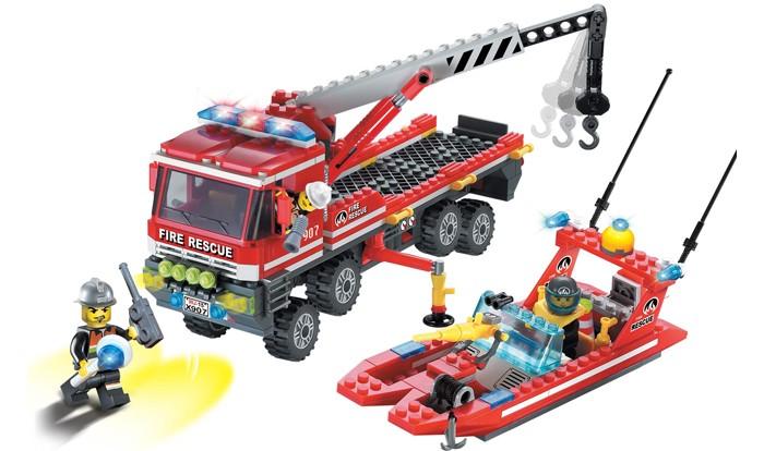 Конструкторы Enlighten Brick Пожарная машина и катер (420 деталей)