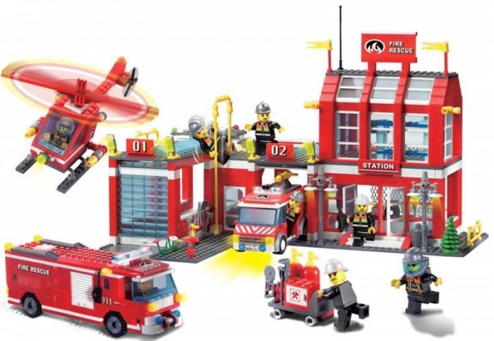 Конструкторы Enlighten Brick Пожарная станция (980 деталей) конструкторы enlighten brick полицейская машина с фигурками 190 деталей