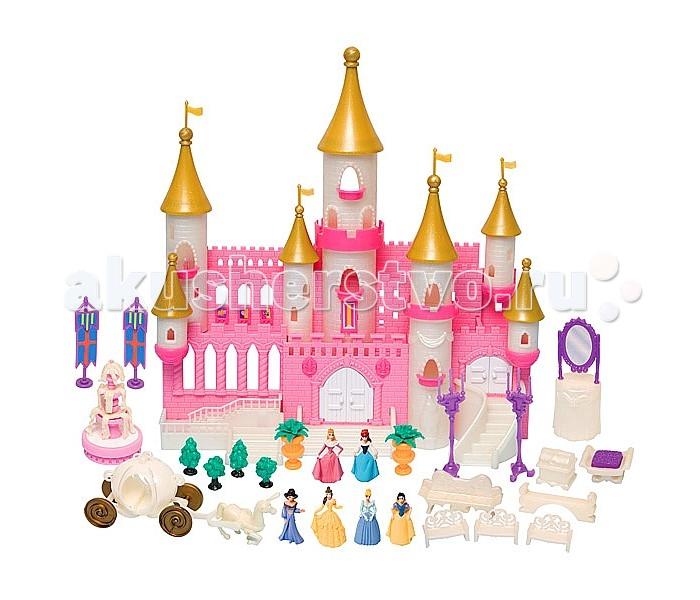 Boley Игровой набор Волшебный замок с золотыми башнямиИгровой набор Волшебный замок с золотыми башнямиBoley Игровой набор Волшебный замок с золотыми башнями включает в себя прекрасный волшебный замок с золотистыми крышами на башенках, множество аксессуаров и симпатичные фигурки принцесс.  Особенности: В наборе есть следующие мультипликационные героини: Спящая Красавица по имени Аврора, милая Золушка, очаровательная Белоснежка, прекрасная Белль, русалочка Ариэль и принцесса Аграбы - Жасмин. Дворец выполнен очень детализировано, все мельчайшие элементы продуманы и замечательно прорисованы.  В верхней части здания расположены башенки с балконами, украшенные золотистыми крышами в форме конусов, которые венчают королевские флаги. Различные красивые дверцы можно открывать и закрывать при необходимости. Замок окрашен в бело-розовой цветовой гамме, свойственной Принцессам Диснея.  Крепостные стены сооружения украшены фактурным рисунком в виде кирпичиков и резными краями. Для обустройства внутреннего двора крепости в комплект входят очаровательные миниатюрные аксессуары в виде трехъярусного фонтана, изящных канделябров и чудесных растений.  Для отдыха в саду принцессы могут выбрать одну из нескольких лавочек с ажурными спинками.  Помимо прочего в наборе есть очаровательная карета-тыква, запряженная красивым белым конем, на ней Золушка с подругами сможет отправиться на королевский бал, покрасовавшись перед зеркалом и отдохнув перед поездкой на удобной софе.  В комплекте: замок,  лошадь,  карета,  6 фигурок принцесс,  фонтан,  растения для сада,  лавочки,  софа,  канделябры,  зеркало,  гербы на подставках,  аксессуары.<br>