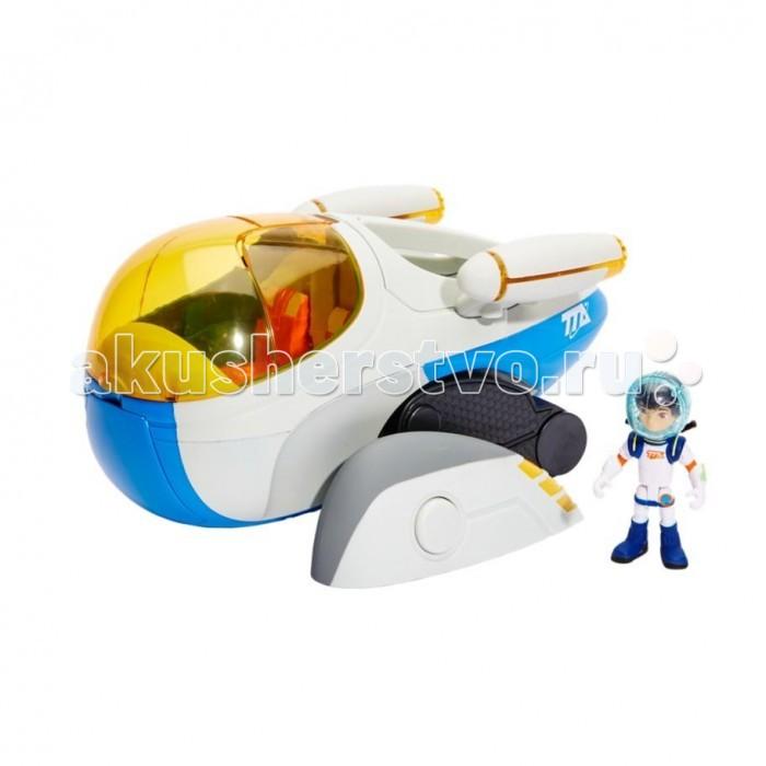 Miles from Tomorrowland Игровой набор Межпланетный звездолётИгровой набор Межпланетный звездолётMiles from Tomorrowland Игровой набор Межпланетный звездолёт уникальная машина, которой пользуется семья Каллисто во время краткосрочных экспедиций на новые планеты.   Для небольших исследовательских экспедиций семья Каллисто использует этот быстрый космический корабль, который способен трансформироваться в вездеходную машину: по ровной поверхности он может ехать при помощи колес, а для преодоления серьезных препятствий достаточно разложить механические «ноги» транспортного средства.  В кабине пилота, прикрытой прозрачным желтым колпаком, можно разместить две фигурки соответствующего размера, одна из которых — Майлз — уже в комплекте. В грузовом отсеке находится мини-луноход для осуществления быстрой разведки территории.  Корабль совместим со съемными ракетными ускорителями XVR, которыми укомплектована Стеллосфера. При установке ускорителей на межпланетный звездолет появляется возможность воспроизведения световых и звуковых эффектов.<br>