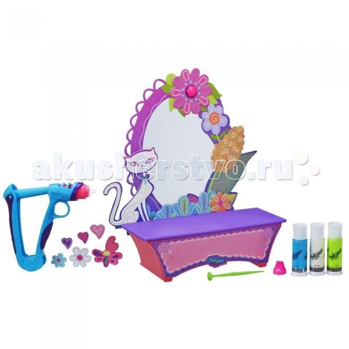 DohVinci Набор для творчества Стильный туалетный столикНабор для творчества Стильный туалетный столикDohVinci Набор для творчества Стильный туалетный столик станет прекрасным подарком для любой малышки! Теперь девочки смогут самостоятельно украсить столик с зеркалом так, как захотят, используя для этого несколько тюбиков специального разноцветного пластилина.  Уникальный материал для лепки, напоминающий пластилин, затвердевает на воздухе, становясь очень прочным и отлично держится на любых поверхностях.  В наборе: 4 картриджа с массой для лепки ДоВинчи, маркер для декора, инструмент для отрисовки, дополнительную насадку и Вдохновляющую инструкцию по техникам дизайна DohVinci.<br>