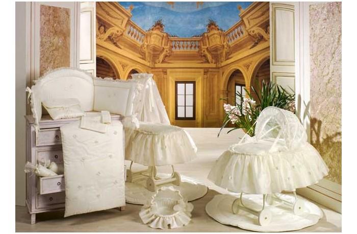 Балдахин для кроватки BabyPiu Шелковые эмоции - Балдахин для кроватки с бантом и вышивкойШелковые эмоции - Балдахин для кроватки с бантом и вышивкойТовары компании Babypiu реализованы по эксклюзивным дизайнам, из тканей первого сорта, с высоким качеством пошива и полностью изготавливаются в Италии.<br>