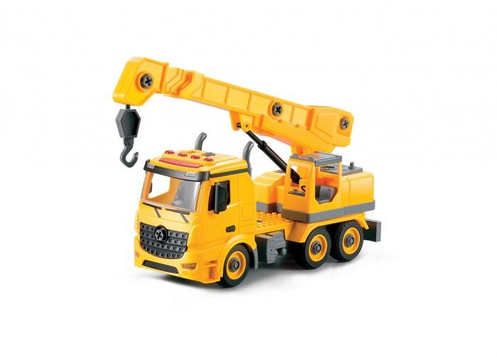Машины Funky Toys Грузовик-конструктор с подъемным краном, фрикционный, свет, звук, 1:12 машины drift машина с подъемным краном