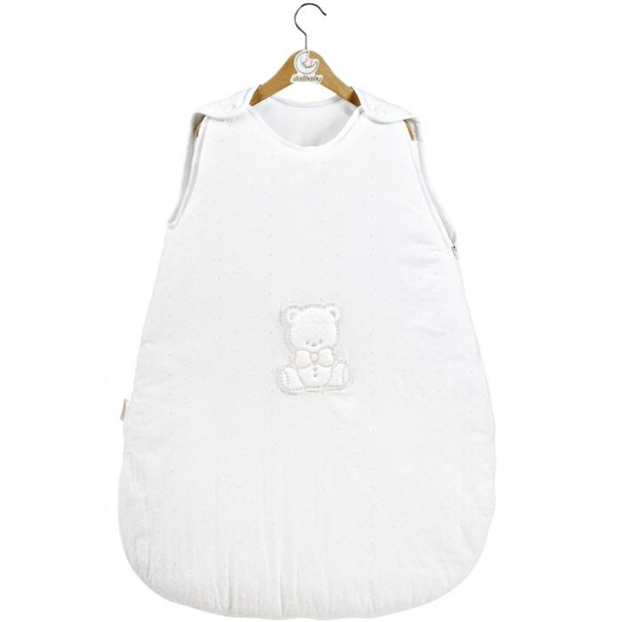 Спальный конверт Italbaby Amore 70 смAmore 70 смСпальный конверт Italbaby Amore 70 см - это удобный теплый спальник который понравится Вам и вашему малышу.   Особенности: Конверт легко фиксируется на плечах ребенка с помощью лямок на кнопках Благодаря молнии (сбоку и на нижней части) малыша можно быстро разместить в спальном мешке  Может использоваться как совместно с одеялом, так и вместо него Декор: аппликация в виде мишки, ткань с набивным растительным узором. Материалы:  покрытие: 100% хлопок наполнение: фиброволокно размер конверта: 40 х 70 см<br>