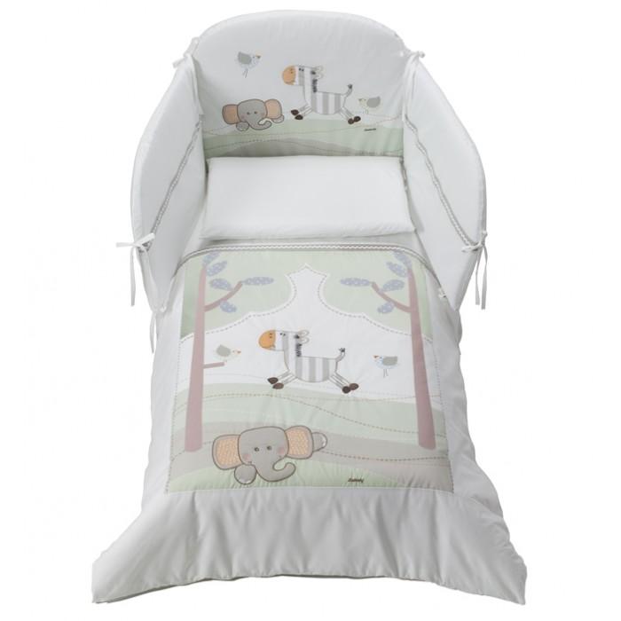 Комплект в кроватку Italbaby Zerby (5 предметов)Zerby (5 предметов)Комплект в кроватку Italbaby Zerby (5 предметов) из нежнейшего хлопка с веселым рисунком.  Все постельное белье изготовлено из гипоаллергенных материалов и полностью безопасно для малыша. Покрытие выполнено из нежнейшего 100% хлопка.   В комплекте: тонкое стеганое одеяло 75х130 см  пододеяльник 100х130 см  мягкий бампер 195х40 см  наволочка 40х60 см  простынь на резинке на матрас 125х60 -65 см.<br>