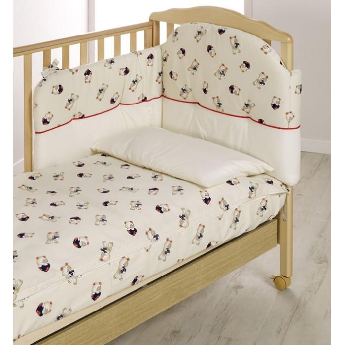 Комплект в кроватку Italbaby Teddy (5 предметов)Teddy (5 предметов)Белье Teddy (5 предметов) прекрасно подойдет для детской мебели ItalBaby. Гипоаллергенно, сертифицировано, стирка в стиральной машине.  Комплект может быть дополнен фирменными аксессуарами: колыбель, конверт на молнии, настольный абажур, плетеная корзина для аксессуаров, корзина для переноски.   Комплект из 5 предметов:  бампер простынь на резинке наволочка одеяло  пододеяльник  Состав: 100% хлопок.  Общие размеры: одеяло, пододеяльник (дхш) 130х100 см наволочки (дхш) 40х60 см<br>