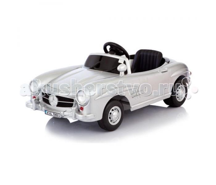 Электромобиль Jetem Mersedes 300SL W198Mersedes 300SL W198Электромобиль Jetem (Capella) Mersedes 300SL - это мечта любого малыша, да и родителям будет приятно, что их чадо будет кататься на таком роскошном авто. Электромобиль будет радовать малышей от 2-х до 6 лет. На вид он совсем как настоящий, при движении вперед у него даже горят фары, внешний вид особенно привлекательным делают настоящие легкосплавные диски и особое покрытие. Электромобиль покрашен таким образом, что с него легко будут удаляться все царапины.Также есть звуковое сопровождение. Электромобиль может развивать скорость до 2,5 км/ч.  Особенности: есть пульт дистанционного управления, который работает на батарейках радиус действия пульта - 30 метров для детей от 2-х до 6 лет есть музыка, фары, которые горят, когда автомобиль двигается вперед удобное сиденье регулируется есть зеркала заднего вида очень высокая точность в исполнении деталей электромобиль одноместный аккумулятор обеспечивает до 3-х часов непрерывной езды время первых 5 зарядок - 20 часов, далее - 10-12 часов двигатель 6 V, работающий от батареи 6В 4 Ah  максимальная скорость 3,5 км/ч электромобиль набирает скорость постепенно 2 направления скорости: вперед-назад корпус из удароустойчивого пластика диски из легкосплавного материала, делающие автомобиль еще более настоящим задний спойлер удобный спортивного вида руль пластиковые колеса двигаются практически бесшумно, электромобиль может использоваться даже в квартире приводится в движение нажатием на педаль, если нужно остановить - просто нужно отпустить педаль изготовлен из высококачественных безопасных материалов максимальная нагрузка 25 кг   Размеры (ДхВхШ): 120х54х36 см<br>