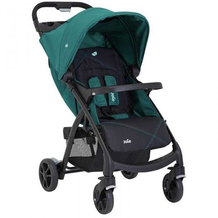 Прогулочная коляска Joie MuzeMuzeПрогулочная коляска Joie Muze - роскошная, просторная коляска с умной системой складывания и спортивным дизайном спроектирована специально для вашего ребёнка.   Детали выполнены из высококачественного легкого, прочного и упругого пластика. Материал 5-точечного ремня безопасности мягок и не раздражает детскую кожу. Ткань не подвержена выцветанию и растяжению.   Особенности:   Изящный силуэт, спортивный дизайн и увеличенное посадочное место позволяет вашему ребёнку путешествовать с шиком и комфортом.  Автоматическая система складывания. Нажмите на кнопку, поверните и коляска сделает всё за вас, вам даже не нужно будет нагибаться.  Тормозная система легка в использовании. Отсутствие шероховатости на педали тормоза позволяет вашей обуви остаться невредимой.  Прочная, но в то же время лёгкая металлическая рама весит всего 8,66 кг.  Сварное алюминиевое шасси и высококачественный пластик позволяют нашей коляске быть прочной, упругой и лёгкой.<br>