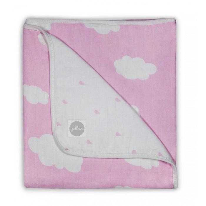 Одеяло Jollein муслиновое 120х120 сммуслиновое 120х120 смДвухстороннее одеяло Jollein из муслина - это самое легкое, воздушное и дышащее одеяло, которое согреет малышей и при этом не будет никакого перегрева. Красивые расцветки будут радовать глаз малышей и мам.  Сделано из 4-х слоев муслиновой (пористой) мягкой ткани. Можно не гладить. С каждой стиркой становится все мягче и мягче.  Ваши малыши никогда не будут потеть во время сна. Идеальное одеяло для детей аллергиков, так как выполнено из 100% хлопка, которое легко стирается и быстро сохнет.  Рекомендуется стирка до 60 градусов.  Размер - 120х120 см Материал - 100% хлопок<br>