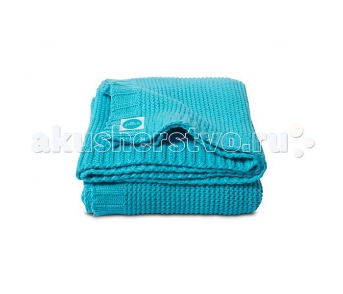 Плед Jollein Вязаный Chunky Knit 100х150 смВязаный Chunky Knit 100х150 смВязаный плед Jollein Chunky Knit 100х150 см  Роскошный плед, связанный двойной нитью, обеспечит Вашему малышу тепло и уют в прохладную погоду. Ваш малыш будет смотреться эффектно и празднично. Украсьте таким пледом детскую кроватку, коляску.  Состав: 50 % хлопок, 50 % акрил.   В сочетании хлопка с акрилом акрил делает плед теплее, прочнее, легче и практичнее. Акрил называют искусственной шерстью.   Сама ткань (акрил) обладает гипоаллергенными и антибактериальными свойствами. Ко всему тому, акрил имеет свойство не притягивать пыль, а потому использование пледа из такого материала будет прекрасным выходом из ситуации для аллергиков – он легче отстирывается и быстрее сохнет. А хлопок улучшает гигроскопичность и дышащие качества такого пледа.  Размер: 100х150 см.  Уход: рекомендуется стирка при 40 градусах.<br>
