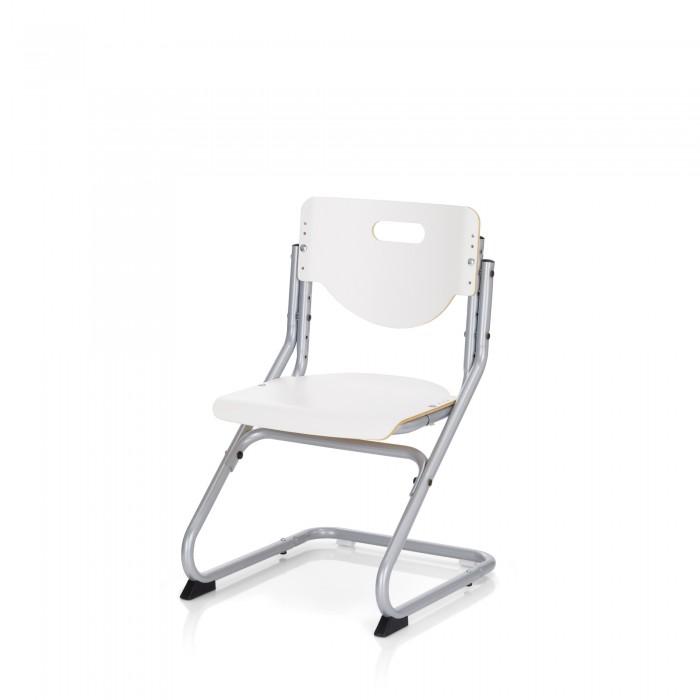 Kettler Детский стул ChairДетский стул ChairСтабильное, устойчивое рабочее кресло для детей и подростков. Высота спинки, так же как и высота и глубина сиденья выставляются индивидуально под рост вашего ребенка. Сиденье и спинка имеют специальную эргономичную форму, предотвращающую затекание при долгом сидении. Передняя кромка сиденья закруглена что бы не врезаться в бёдра и не препятствовать нормальному кровообращению.   В спинке стула сделана прорезь-ручка для удобства переноски. Как дополнение имеется мягкая подстилка на сиденье с креплением на липучках. Высота сиденья изменяется от 34 до 46 см. Кресло Chair является идеальным дополнением к парте Kettler.  Характеристики: массив бука рабочее кресло для детей и подростков регулируемая высота сиденья, спинки регулировка глубины сиденья сиденье и спинка имеют специальную эргономичную форму, предотвращающую затекание при долгом сидении передняя кромка сиденья закруглена чтобы не врезаться в бёдра и не препятствовать нормальному кровообращению прорезь-ручка для переноски  Белый цвет стула - это не просто лак. Это современное покрытие ХПЛ, которое увеличивает прочность поверхности стула и его устойчивость к различного рода царапинам, как например от клёпок джинсов. Этот стул будет всегда выглядеть как только что из коробки.   Размеры (шxвхг) 47х62-86х47 см Высота сиденья  34 - 46 см<br>