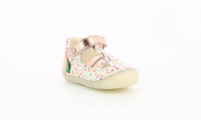 Босоножки и сандалии KicKers Сандалии закрытые для девочек T-Strap Shoe 784846-10
