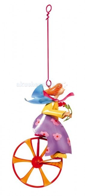 L'oiseau Bateau Triplette Подвесное украшение Девочка и цветокTriplette Подвесное украшение Девочка и цветокКоманда велосипедистов! Интересно в какое захватывающее путешествие мы направимся на диковинных велосипедах вместе?  Фантазийное подвесное украшение наполнит любой интерьер атмосферой романтики, освежит его, добавит красок. Послужит оригинальным подарком и ребёнку, для которого сможет стать источником вдохновения, и взрослому, которого сможет погрузить в мир прекрасных грёз...  Каждая деталь выполнена из металла (сталь) французскими ремесленниками вручную   Размеры: 30.5 см В х 18.5 см Д х 10.5 см Ш<br>