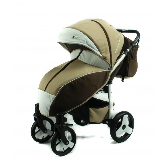 Прогулочная коляска Lepre RallyRallyВсесезонная прогулочная коляска LEPRE Rally идеальна для использования в российских климатических и дорожных условиях. Летом малыш может сладко спать в тени: раскладываем спинку в лежачее положение, делаем объемный тент из капюшона, открываем большое вентиляционное окно, и можем наблюдать за отдыхом ребёнка через смотровое окошко. В холодное время года пристёгиваем плотную непромокаемую и непродуваемую накидку на ножки. Широкое сидение позволяет вложить в коляску теплый конверт (*в комплект не входит) и с комфортом разместить малыша в зимней одежде. Для защиты от неожиданных ветров, осадков и прочих погодных сюрпризов предусмотрено полное укрытие ребёнка за счёт раскрытия дополнительной секции глубокого капюшона.  Большие надувные колеса позволяют с легкостью управлять коляской на асфальтовом покрытии, в парковой зоне  и на заснеженной дороге. Поворотность передних колёс обеспечивает необходимую манёвренность, как на прогулке, так и в жёстких условиях мегаполиса при посещении магазинов и супермаркетов.  Коляска выполнена из ткани с водоотталкивающей пропиткой в комбинации из 2-х цветов, а также декоративной и практичной отделкой экокожей элементов, подверженных частому использованию. Легко содержать в чистоте и первоначальном виде,  как с иголочки.   Комплектация: накидка на ножки; рюкзак для мамы; матрасик; сумка; чехол на ножки; подстаканник.  Особенности:  Элементы подверженные частому использованию выполнены из экокожи – ручка, козырек на капоре, подножка, наружная сторона рюкзака (над карманом). Встроенным замком на капюшоне открывается полноценный дополнительный сектор, позволяющий опустить капюшон до бампера. Два окна в капюшоне (смотровое и вентиляционное). Длинный продольный замок в центре накидки на ножки. Съемная анатомическая вкладка в сидение с мягкой махровой поверхностью.  Оригинальный дизайн колес. Белая рама.  Максимальная нагрузка - 14 кг.  Расстояние между задними колесами: 61 см. Расстояние между передними коле