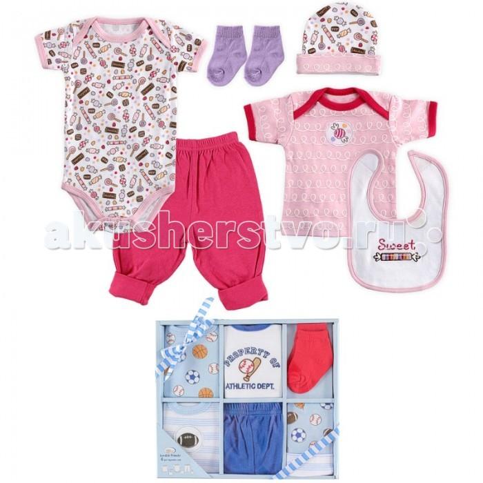 Luvable Friends Подарочный набор одежды (6 предметов) 07124Подарочный набор одежды (6 предметов) 07124Luvable Friends Подарочный набор включает шесть основных предметов гардероба новорожденного. Комплект поставляется в красивой подарочной упаковке с ленточкой.  Носочки предназначены для детей: от 0 до 6 мес. Размер 55-67 см  В комплекте: боди к/р футболка к/р штанишки шапочка носочки нагрудник  Уход: Стирка при t не более 40С. Не отбеливать. Гладить при t не более 110С. Сушка в барабане при более низкой t.<br>