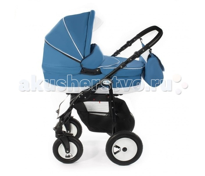 Коляска MaEma Vili 3 в 1Vili 3 в 1Коляска MaEma Villi 3 в 1 оснащена люлькой, прогулочным блоком и автокреслом группы 0+ (до 13 кг). Большие надувные колеса и мягкая амортизация обеспечивают высокую маневренность и легкость в управлении.  Колеса и рама: Колеса надувные резиновые: передние 25 см, задние 30 см Передние колеса поворотные с возможностью блокировки Возможность устанавливать прогулочный блок лицом к маме и от нее Регулируемая по высоте ручка, покрыта эко-кожей Центральный ножной тормоз Облегченная рама Защита от случайного складывания Сетчатая корзина для покупок Ширина шасси 57 см  Люлька: Регулируемый подголовник Полозья на дне люльки Ручки на боковинах люльки Бесшумно складывающийся капюшон Размер люльки: 75 x 35 x 20 см  Прогулочный блок: Регулируемая спинка 5-титочечные ремни безопасности с мягкими накладками Регулируемая подножка Съемная перекладина перед ребенком Съемная накидка на ноги  Автокресло: Группа 0+ Ремни безопасности с мягкими накладками Устанавливается на шасси коляски с помощью адаптеров (идут в комплекте) Накидка на ноги  Аксессуары: Сумка для мамы Дождевик Москитная сетка  Общие характеристики: Вес - 12 кг Механизм сложения рамы - книжка Ширина шасси 57 см Колеса передние 25 см, задние 30 см Размер люльки: 75 x 35 x 20 см<br>