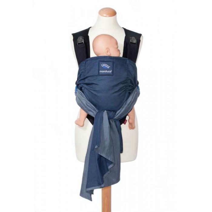 Рюкзак-кенгуру Manduca Слинг-рюкзак Duo со съемным поясомСлинг-рюкзак Duo со съемным поясомManduca Слинг-рюкзак Duo со съемным поясом 24402 - это гибрид от известного производителя эргономичных рюкзаков и слингов. Manduca Duo – это инновационная система ношения малыша с множеством умных деталей и, в то же время, простая в использовании переноска.  Manduca Duo может использоваться с самого рождения малыша и до 2-3 лет (до 15 кг)  Новинка представлена в трех замечательных классических расцветках.  Слинг & рюкзак в одной переноске Manduca Duo с уникальной системой «защелкни и тяни» выбирают в первую очередь родители, которые хотят совместить преимущества тканого слинга и удобство использования рюкзака.  Особенности: Система «защелкни и тяни» с застежкой Duo для быстрой регулировки Съемный поясной ремень с застежкой-молнией Надежная фиксация ткани в кольцах Прочные алюминиевые кольца с защитой для пальцев Перекрещенное расположение лямок Удобные широкие плечевые лямки Встроенная поддержка головы малыша во время сна и для новорожденного ребенка Регулировка высоты спинки для новорожденного и малыша постарше благодаря ступенчатой утяжке. Все материалы прошли строжайшую проверку на прочность М-позиция ребенка в любом возрасте   Материал: Внешний материал – тканый слинг-шарф двойного диагонального плетения (плотность 193 г/кв.м., 100% органический хлопок) Материал лямок, пояса – 100% полиэстер Наполнение пояса – 100% полиуретан Кольца – 100% алюминий  Рекомендации по уходу: стирка автомат при 30°.<br>