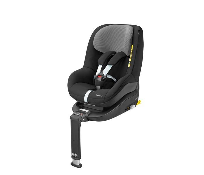 Автокресло Maxi-Cosi 2wayPearl2wayPearlАвтокресло Maxi-Cosi 2wayPearl – первое автокресло, которое соответствует новейшим требованиям Европейского стандартаi-Size (также известным как R129)и является самым безопасным выбором для Вашего малыша. Для обеспечения высокого уровня безопасности и дополнительной защиты головы и шеи ребенка рекомендуется перевозить его лицом против хода движения как минимум до 15-ти месяцев, а при возможности еще дольше. С новым автокреслом 2wayPearl и базой 2wayFix (приобретается отдельно) это возможно до достижения 4-х летнего возраста. Новая универсальная система 2wayFamily позволяет менее чем за секунду установить на базу 2wayFix автокресла 2wayPearl или Pebbleв зависимости от возраста малыша.  Особенности: Возраст: от 4-х месяцев до 4-х лет (от 61 до 105 см) Безопасность: кресло соответствует новому Европейскому стандарту i-Size. Установка: автокресло одной рукой устанавливается на новую базу 2wayFix с системой IsoFix, специальные световые и звуковые индикаторы на базе показывают правильность установки базы и автокресла в автомобиле.  Автокресло устанавливается против хода движения с 4-х месяцев до 4 лет, по ходу движения с 15-ти месяцев до 4-х лет. Сидение:эргономичной формы с усиленной системой боковой защиты при боковом ударе или резком повороте; мягкий подголовник регулируется по высоте вместе с ремнями. Положение «полулежа» в обоих направлениях. Ремни безопасности: 5-ти точечные, оборудованы мягкими накладками и противоскользящими протекторами, которые подпружинены вверх, поэтому никогда не падают за спинку ребенка и не мешают посадке малыша в автокресло.Централизованная система натяжения ремней, высота ремешков регулируется автоматически независимо от их длины, предусмотрена возможность нескольких положений фиксации. Обивка: из практичного гипоаллергенного «дышащего» материала, съемная, легко стирается при температуре 30 C&#730;.  Модель автокресла 2wayPearl отличается от Pearl возможностью постановки как по ходу движения и против