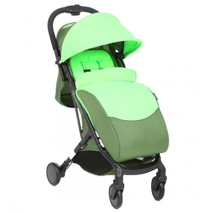 Прогулочная коляска McCan M-5Прогулочные коляски<br>McCAN Коляска прогулочная M-5  – городская маневренная модель с высокой проходимостью, стильным дизайном и функционалом для удобства ребенка и родителей. Она подходит для деток возрастом 6-36 месяцев.   Рама обладает небольшим весом и удобной системой трансформации книжка. Это позволяет сделать ее компактной и поместить в багажник легкового автомобиля.  Передние колеса – поворотные, с возможностью блокировки в положении прямо. Это упрощает процесс управления одной рукой и повышает маневренность. Амортизация присутствует. Благодаря специальным пружинам при езде снижается тряска, что повышает комфорт. Тканевая корзина для покупок под креслом. Тормоза на задних колесах активируются и снимаются ногой. Они не позволят коляске скатиться с наклонной поверхности. Прогулочный блок представляет собой удобное кресло для малыша, оснащенное 5-точечными ремнями, надежно фиксирующими ребенка. Это гарантирует ему безопасность при движении даже по неровным дорогам.  Перекладина перед ребенком не дает малышу выпасть, если его не пристегнули ремнями. Спинка с подножкой регулируются по наклону. Это позволяет родителям задать удобное положение для малыша при прогулке. Капюшон для защиты от ветра и солнца. В нем предусмотрено смотровое окно, через которое мама сможет наблюдать за ребенком. Прогулочная коляска McCan M-5 – недорогая модель, собравшая положительные отзывы молодых родителей. Она качественная, функциональная и практичная – все это объясняет ее популярность.