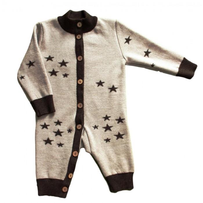 Merri Merini Комбинезон вязаный ЗвездыКомбинезон вязаный ЗвездыMerri Merini Комбинезон вязаный Звезды из итальянской пряжи 100%  шерсть мериноса!  Теплые, двухслойные, отвязаны жаккардовой вязкой, в них Вашему малышу не будет страшен даже самый сильный мороз.   Шелковистые и мягкие, они не раздражают  нежную кожу малыша,можно носить на голое тело, не требуют частой стирки. Пуговички из кокоса по всей планке в ножку облегчают переодевание.<br>
