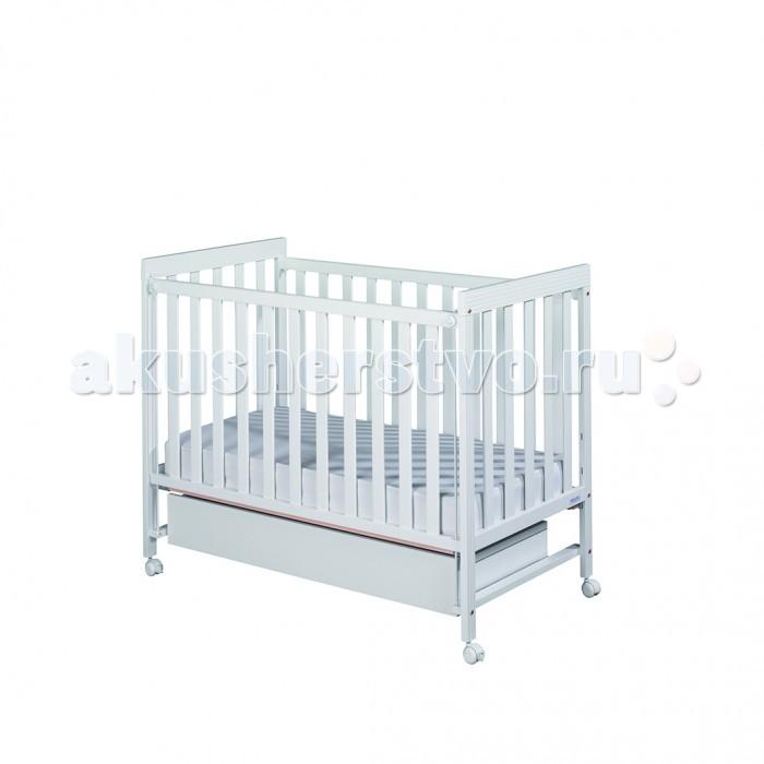 Детская кроватка Micuna Basic-1 120x60Basic-1 120x60Детская кроватка Micuna Babies 120x60 выполнена из натурального бука, покрыта безвредными для детского здоровья красками и лаками из натуральных компонентов на водной основе.  Для изготовления кроваток для детей и новорождённых испанская компания Micuna использует только экологически чистые материалы – они надёжны, долговечны и абсолютно безопасны для малышей. В основе мебели – массив бука или сосны. Элементы выполняются из МДФ – современного аналога ДСП, более практичного, не содержащего фенол и эпоксидные смолы. Все покрытия, используемые при изготовлении кроваток, нетоксичные – водная основа краски, лаков и клея не создаёт вредных испарений и безвредна для окружающих.  Особенности: бортик кроватки опускается ложе регулируется по высоте – 2 позиции посредством снятия бортика кроватка легко превращается в диванчик материал: бук, МДФ в комплект не входит ящик для кровати, но его можно заказать дополнительно<br>