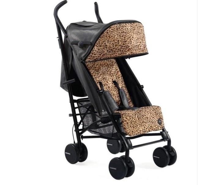 Mima Отделка для коляски BO Fashion kitОтделка для коляски BO Fashion kitMima Отделка для коляски BO Fashion kit позволит изменить дизайн коляски. Вашему ребёнку понравится путешествовать на этом удобном и мягком матрасике. Матрасик легко вписывается в коляску, чтобы дать Вашему ребенку дополнительный комфорт.  Особенности: подходит для колясок Mima Bo легко устанавливается и снимается прорези для ремней безопасности возможна машинная стирка при температуре 30 градусов. В комплекте: матрасик отделка на капюшон на молнии.<br>