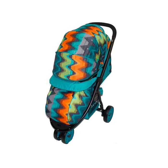 Прогулочная коляска Мишутка SL-460ASL-460AПрогулочная коляска Мишутка SL-460A чрезвычайно удобная и маневренная. Коляска предназначена для детей от 6 мес и до 3х лет. Угол наклона спинки имеет 3 положения: сидя, полулежа и лежа. Есть утепленный чехол на ножки. Колеса диаметром 16 см покрыты плотным слоем литой резины.  Передние колеса поворотные с возможностью фиксации, задние оборудованы ножным тормозом. Глубокий выдвижной капюшон можно раскрыть до бампера, есть смотровое окно. Съемный ограничительный бампер имеет мягкую обивку. 5-точечные ремни безопасности снабжены мягкими накладками.  У основания коляски есть вместительная корзина для покупок. Подножка регулируется по высоте.   Особенности: 3 положения наклона спинки Трехколесная: переднее колесо двойное поворотное с фиксатором, задние колеса одинарные с блокировкой Съемный ограничительный поручень Система ремней безопасности Круглая крыша (опускается до поручня) Регулируемая подножка Компактно складывается книжкой Жесткая спинка, чухол на ножки, багажная корзина.<br>