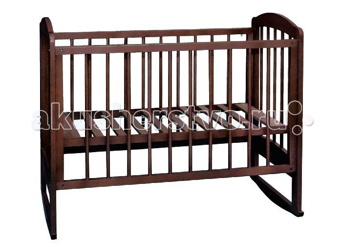 Детская кроватка Можгинский лесокомбинат Катя качалкаКатя качалкаДетская кроватка Можгинский лесокомбинат Катя качалка  отлично впишется в интерьер любой детской комнаты благодаря широкой цветовой гамме.  Особенности: размер матраса: 120х60 см; Трехуровневое ложе и опускающееся ограждение со скрытым механизмом гарантируют безопасность в использовании.  Передняя подвижная стенка также имеет три уровня опускания.  Для удобства мам в конструкции кроватки «Катя» реализованы два варианта опоры: шаровая и брусок качания.  Шаровая опора — залог легкого обслуживания мебели — позволяет беспрепятственно перемещать кроватку по комнате, а дугообразный брусок создает маятниковое качание кроватки.  При желании можно снять ограждение кроватки, тогда малыш будет ложиться в кроватку самостоятельно. сертификат экологической безопасности<br>