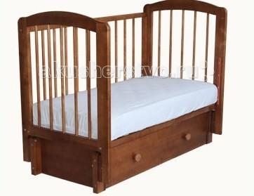 Детская кроватка Можгинский лесокомбинат Кристина продольный маятникКристина продольный маятникДетская кроватка Можгинский лесокомбинат Кристина продольный маятник - имеет продольный маятниковый механизм с бесшумным ходом, в котором применяются только качественные подшипники.   Детская кроватка для новорожденного «Кристина» имеет 3 уровня ложа, которые позволяют менять высоту основания кроватки в зависимости от вашего желания. Подняв основание кроватки на самый высокий уровень, вы сможете максимально легко извлекать малыша из кроватки.   Когда ребенок подрастет и ему потребуется больше пространства — просто опустите уровень ложа. Передняя подвижная стенка кровати также имеет 3 уровня опускания и две съёмные палочки. Кровать детская «Кристина» выпускается в двух модификациях: с одним или с двумя ящиками.  При желании можно снять ограждение кроватки, тогда малыш будет ложиться в кроватку самостоятельно.  Такая детская кроватка, как «Кристина», твердо стоит на полу и имеет между планками решетки безопасное расстояние (менее восьми сантиметров). Высота дна также регулируется по росту ребенка в трёх положениях. Что удобно для мамочек, в «Кристине» внизу есть глубокий ящик, предназначенный для пеленок, ползунков и детской постели. Выберите свой понравившийся цвет и сделайте выбор в пользу простоты и надежного качества!   Выполненная из натуральной древесины, детская кроватка «Кристина» не вызывает аллергических реакций у детей даже в самом раннем возрасте.  Особенности: размер матраса: 120х60 см; три уровня ложа; три уровня опускания передней подвижной стенки; скрытый механизм опускающегося бокового ограждения; две съёмные рейки в подвижном ограждении; выдвижной ящик с основанием; маятниковый продольный механизм качания; материал: натуральная древесина (береза); сертификат экологической безопасности.<br>