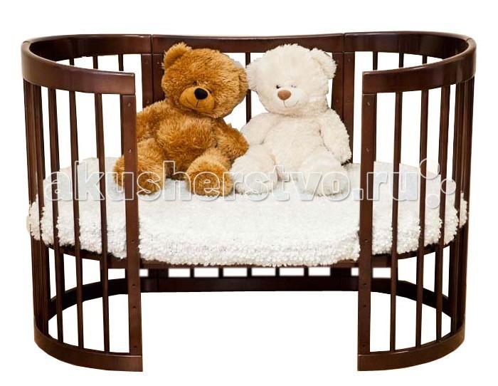 Кроватка-трансформер Можга (Красная Звезда) Паулина 8 в 1Паулина 8 в 1Кроватка-трансформер Можга (Красная Звезда) Паулина 8 в 1 легко впишется в любой современный интерьер детской комнаты. Имеет округлую форму без острых выступов.   Это кроватка, которая растет вместе с вашим малышом, постоянно трансформируется с момента рождения до дошкольного возраста. Далее используется как предметы мебели для детской комнаты. Изготовлена полностью из массива березы. Вся фурнитура итальянская.  Когда ребенок совсем маленький (до 6 месяцев), она послужит ему уютной колыбелькой с маятниковым механизмом продольного качания. Колесики обеспечивают мобильность колыбели, при необходимости их можно, также как и маятник, зафиксировать с помощью стопоров. Пеленальный столик поможет маме комфортно переодевать малыша. Позднее колыбель трансформируется в кроватку с таким же качанием и тремя уровнями ложа. Благодаря перфорации дна обеспечивается оптимальная вентиляция. Круглые стойки позволяют малышу легко хвататься и удобнее вставать на ножки. Кроватка и колыбелька имеют дополнительную опцию – устройство автоматического качания кровати на пульте управления (приобретается отдельно за дополнительную плату). Когда малыш научится самостоятельно забираться в кроватку, часть бокового ограждения можно снять и использовать «Паулину» как диванчик. Установив дно кроватки в самое нижнее положение, можно сделать мобильный глубокий манеж. Кровать-трансформер «Паулина» растет вместе с ребенком, и когда он вырастет из своей кроватки, обеспечит ему комфортное место для игр и занятий, трансформируясь в столик и 2 кресла.  Размеры овальной люльки: Длина 97 см х Ширина 67 см х Высота 104 см, ложе 92 х 65 см Размеры овальной кроватки: Длина 130 см х Ширина 67 см х Высота 104 см, ложе 125 х 65 см<br>