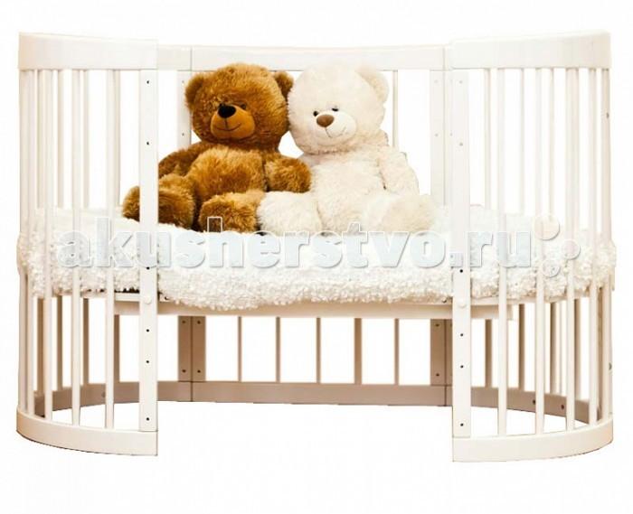 Кроватка-трансформер Можга (Красная Звезда) Паулина 8 в 1Паулина 8 в 1Кроватка-трансформер Можга (Красная Звезда) Паулина 8 в 1 легко впишется в любой современный интерьер детской комнаты. Имеет округлую форму без острых выступов.   Это кроватка, которая растет вместе с вашим малышом, постоянно трансформируется с момента рождения до дошкольного возраста. Далее используется как предметы мебели для детской комнаты. Изготовлена полностью из массива березы. Вся фурнитура итальянская.  Когда ребенок совсем маленький (до 6 месяцев), она послужит ему уютной колыбелькой с маятниковым механизмом продольного качания. Колесики обеспечивают мобильность колыбели, при необходимости их можно, также как и маятник, зафиксировать с помощью стопоров. Пеленальный столик поможет маме комфортно переодевать малыша. Позднее колыбель трансформируется в кроватку с таким же качанием и тремя уровнями ложа. Благодаря перфорации дна обеспечивается оптимальная вентиляция. Круглые стойки позволяют малышу легко хвататься и удобнее вставать на ножки. Кроватка и колыбелька имеют дополнительную опцию – устройство автоматического качания кровати на пульте управления (приобретается отдельно за дополнительную плату). Когда малыш научится самостоятельно забираться в кроватку, часть бокового ограждения можно снять и использовать «Паулину» как диванчик. Установив дно кроватки в самое нижнее положение, можно сделать мобильный глубокий манеж. Кровать-трансформер «Паулина» растет вместе с ребенком, и когда он вырастет из своей кроватки, обеспечит ему комфортное место для игр и занятий, трансформируясь в столик и 2 кресла.  Размер спального места: 125 х 65; 92 х 65 см Внешние габариты (ДхШхВ): 130 х 67 х 114; 97 х 67 х 114 см Высота уровней ложа кровати:  1 уровень - 380 мм  2 уровень - 444 мм  3 уровень - 508 мм  Высота уровней ложа люльки:  1 уровень - 600 мм  2 уровень - 664 мм  Окружность кровати: 324 см  Окружность люльки: 258 см<br>