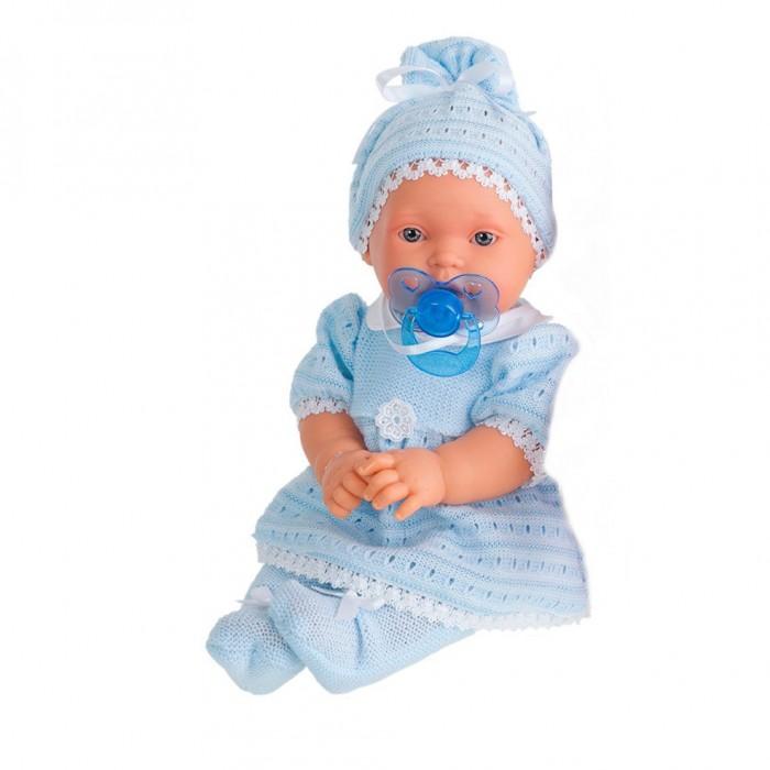 Munecas Antonio Juan  Кукла Лана плачущая 27 смКукла Лана плачущая 27 смКукла-младенец Лана выглядит совсем как ребенок. Она одета в костюмчик с шапочкой.  Личико сделано с детальными прорисовками. Образы малышей Мунекас разработаны известными европейскими дизайнерами. Они натуралистичны, анатомически точны, с подвижными ручками и ножками, копируют настоящих младенцев.  Малыш умеет плакать, вставьте соску в ротик куклы и она сразу успокоится.   Кукла с виниловыми подвижными ручками, ножками и головой, и мягконабивным туловищем.   Кукла упакована в красивую подарочную коробку.  Куклы Antonio Juan Munecas существуют уже более 40 лет и пользуется заслуженной популярностью в Европе. Куклы производятся исключительно в Испании, из высококачественных материалов, безвредных для ребенка. Образы кукол разрабатываются ведущими Европейскими дизайнерами, они высокохудожественны, натуралистичны (девочки/мальчики), одеты в красивую современную одежду, сшитую из натуральных тканей. Упакованы в стильные фирменные коробки.  В наш век технического прогресса классические куклы Антонио Хуан, с милыми добрыми детскими чертами не перестают пользоваться популярностью, а способность разговаривать, смеяться и плакать делает их вполне современными и интересными даже для самых «продвинутых» деток.<br>