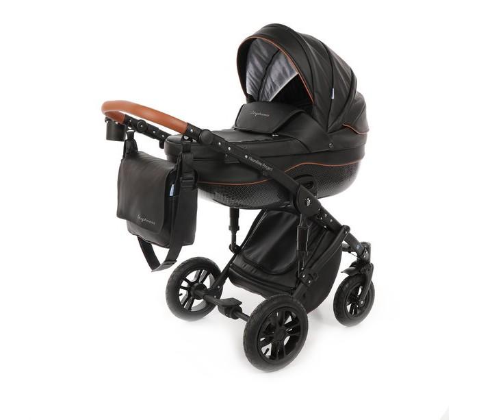 Коляска Noordline Stephania Style 3 в 1Stephania Style 3 в 1Коляска Noordline Stephania Style 3 в 1 - универсальная коляска 3 в 1, которая включает в себя люльку, прогулочный блок и автокресло. Коляска подходит для детей с рождения и примерно до 3,5 лет. Внешняя отделка выполнена из Эко-кожи. Коляска всесезонная.   В комплекте: Люлька (матрасик, капюшон, накидка, ремешки безопасности)  Прогулочный блок (капюшон, матрасик, бампер, накидка на ножки)  Шасси с колесами (корзина для покупок закрытого типа) Автокресло Сумка для мамы  Москитная сетка Дождевик  Подстаканник. Особенности шасси: Двойная сисетема амортизации. Складывается книжкой, имеет фиксатор. Передние колеса коляски Noordline Stephania Style поворотные, оснащены системой Anti-Shock, при необходимости блокируются. Ручка регулируется под рост родителя. Особенности люльки: Для детей с рождения до 6-8 месяцев, в зависимости от веса и времени года. Максимальный вес ребенка: 9 кг.  Функциональный капюшон: имеет козырек, сетчатую вставку под молнией. Ручка регулируется по высоте. Подголовник поднимается в 6 положениях и регулируется с внешней стороны. В накидке на люльку есть дополнительный ветровик, который фиксируется к капюшону. Регулируемый подголовник.  Материал люльки: пластик.  Дно люльки оборудовано вентиляцией с регулировочной системой задвижек. Материал внутренней обивки и чехла матрасика: 100% хлопок.  Материал внешней обивки: эко-кожа. Москитная сетка крепится к капору на молнию и обеспечивает надежное проветривание коляски в жаркое время года. Особенности прогулочного блока: Для детей от 6 месяцев до 3-х лет.  Максимальный вес ребенка: 15 кг.  Функциональный капюшон: имеет дополнительный силиконовый козырек, сетчатую вставку на молнии.  Капюшон опускается до бампера. Съемный защитный бампер, обтянут материалом эко-кожа, имеет разделитель для ножек.  Пятиточечные ремни с мягкими накладками регулируются по росту ребенка. Мягкий съемный матрасик.  Подножка и спинка регулируется.  Прогулочный блок съемны