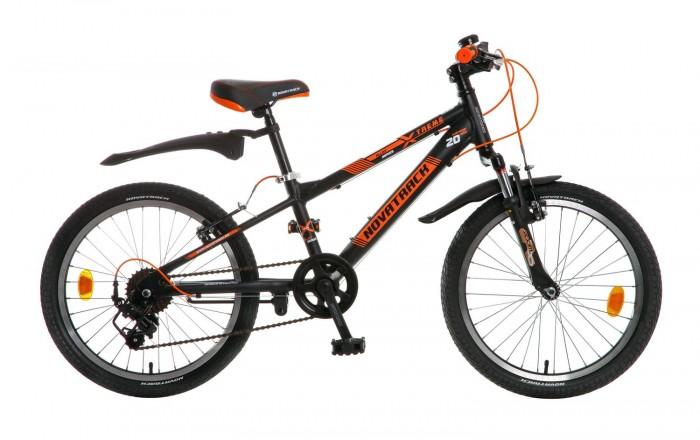 Велосипед двухколесный Novatrack Extreme 20 7 скоростейExtreme 20 7 скоростейВелосипед двухколесный Novatrack Extreme 20 7 скоростей  вот, что объединяет всех мальчишек независимо от возраста, именно поэтому Novatrack Extreme 20 очень быстро стал популярным среди маленьких велосипедистов.   Данная модель предназначена для ребят 7-10 лет, которые уже умеют управляться с простой двухколесной техникой. Велосипед собран на основе прочной рамы и оснащен системой переключения скоростей. Это совсем свежая модель, а значит, оснащена она по последнему слову не только велосипедной моды, но и техники. В частности, инженеры установили на нее задние и передние тормоза V-brake, прекрасно зарекомендовавшие себя на многочисленных краш-тестах. Кроме того, эту модель отличает великолепное качество сборки, благодаря чему она без проблем прослужит вашему ребенку не один год.   Novatrack Extreme 20 – это отличная возможность для любого ребенка научиться кататься на двухколесном велосипеде быстро и без проблем. Подножка-упор позволит самому забраться в седло и удерживать баланс конструкции, а удобный руль станет надежным помощником в процессе управления.  Особенности: Количество скоростей: 7 Диаметр колес: 20 Материал рамы: Алюминий  Манетки: Microshift RS-35 Вилка: амортизационная Задний переключатель: Shimano FT35 Обода: алюминиевые Возраст: 7-10<br>