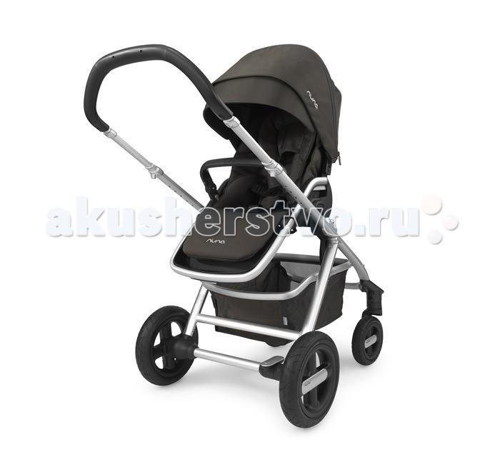 Прогулочная коляска Nuna IvviIvviПрогулочная (от 6 мес до 3 лет) коляска Nuna Ivvi станет идеальным транспортным средством для малыша во время долгих прогулок!  Особенности:  Возможность легкого складывания одной рукой 5-точечные ремни безопасности Дождевик для прогулочного блока Регулировка наклона спинки (5 положений) Большой капор Козырек от солнца со светоотражающей полоской и смотровым окошком на магните Адаптер для установки автокресла Nuna Pipa и автокресел Maxi-Cosi группы 0+ Для детей весом до 18 кг Размер коляски в разложенном виде: ВхШхД 108 x 64 x 95 см Размер коляски в сложенном виде: ВхШхД 79 x 64 x 48.5 см Вес шасси: 10.6 кг Вес коляски: 16.23 кг  Габариты упаковки: размеры (ДхШхВ): 56 x 38 x 78 см вес брутто: 19,6 кг  объём: 0,16 м3<br>