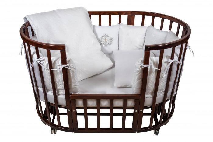 Комплект в кроватку Nuovita  Corona (6 предметов)Corona (6 предметов)Комплект в кроватку Nuovita Corona (6 предметов) для детей с рождения.  Все материалы натуральные, экологически чистые и не вызывают аллергии, что так важно при выборе постельного белья для самых маленьких. В сочетании с безукоризненным качеством пошива и прекрасным дизайном эти преимущества делают комплект замечательным вариантом для оформления спального места в детской комнате.  В комплекте: бампер наволочка одеяло пододеяльник подушка простынь на резинке<br>
