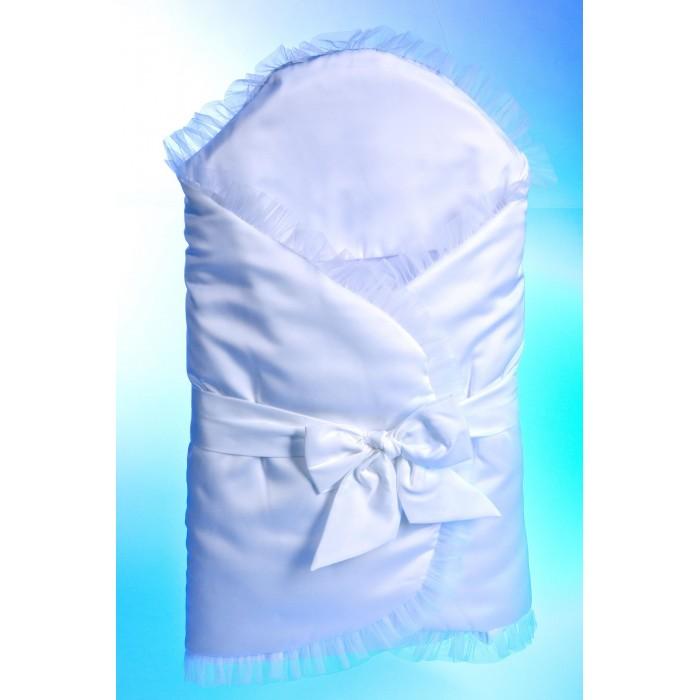 Комплект на выписку Осьминожка К110 (5 предметов)К110 (5 предметов)Осьминожка Комплект на выписку  К110 (5 предметов)  Комплект на выписку для новорожденного.Вуаль на кнопках. В дальнейшем можно использовать как удобное одеяло. Пояс украшен тремя розами.   Состав комплекта: распашонка (кулир, размер 18/56), чепчик (кулир, размер 18), нарядный чепчик с кружевом (атлас+хлопок размер 18).  Наполнитель: 100% п/э, холкон 150 гр/м 2<br>