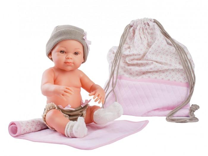 Куклы и одежда для кукол Paola Reina Кукла Бэби с рюкзаком и одеяльцем 32 см куклы и одежда для кукол paola reina кукла луис причастие 32 см
